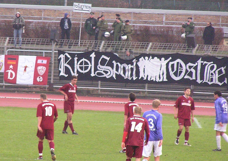 Riot Sport Ostberlin, TeBe-Dynamo am 7.12.08 im Mommsenstadion